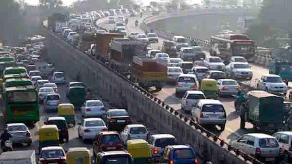 ये भी पढ़ें:- यूपी से दिल्ली आने-जाने के लिए करें इन रास्तों का प्रयोग, घर से निकलने से पहले जरूर पढ़ें खबर