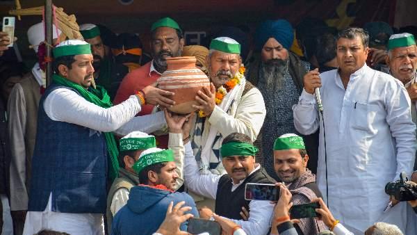 ये भी पढ़ें-Farmers Protest: आज 'सद्भावना दिवस' मनाएंगे आंदोलनकारी किसान, रखेंगे एक दिन का उपवास
