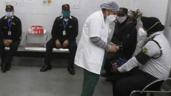covid-19 vaccine dry run begins in Chandigarh, security guard gets first dummy vaccine