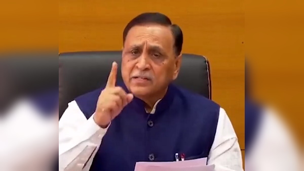 CM Vijay Rupani said- Our govt rescued 7100 fishermen, those was caught by Pakistan, we are also providing financial help to them