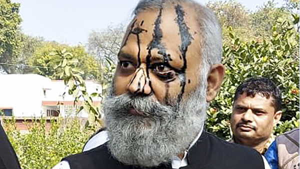 आप विधायक सोमनाथ भारती 14 दिन की न्यायिक हिरासत में जेल भेजे गए, 13 जनवरी को जमानत याचिका पर सुनवाई