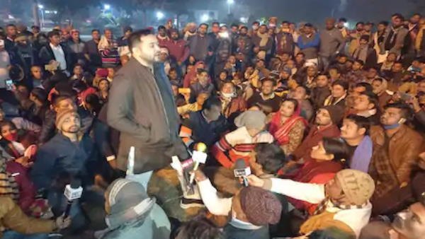 Tejashwi yadav reached eco park and talk to dm for permission of gardanibagh protest