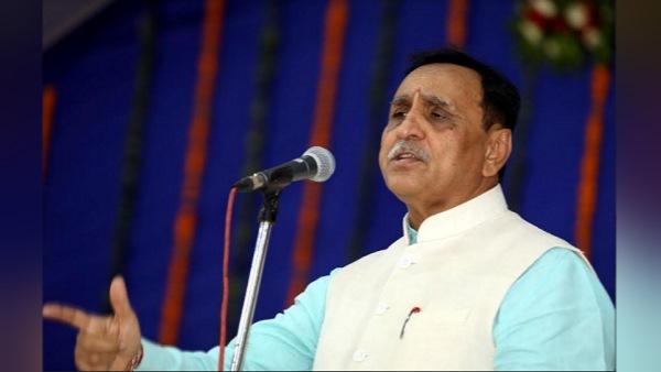 गुजरात में नए बंदरगाह का भूमिपूजन, CM बोले- 27 हजार करोड़ के विकास कार्यों का लोकार्पण-शिलान्यास किया