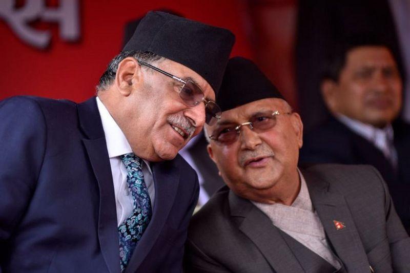 नेपाल में ओली बने रहेंगे, प्रचंड आएँगे या फिर नया समीकरण बनेगा