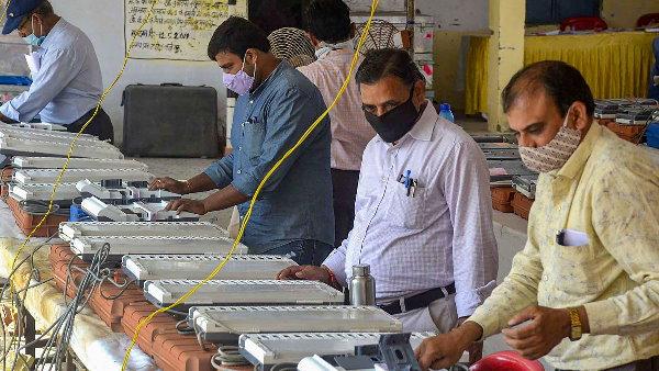 पश्चिम बंगाल में सात, तमिलनाडु और केरल में एक चरण में कराए जा सकते हैं विधासनभा चुनाव