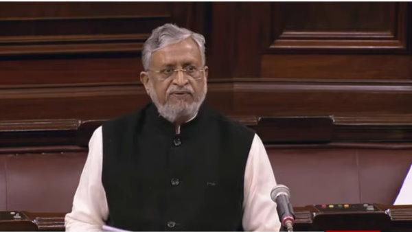 <strong>राज्यसभा में सुशील मोदी ने बांधे पीएम की तारीफों को पुल, बताया नरेंद्र मोदी की फुल फॉर्म</strong>