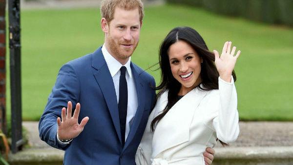 ब्रिटेन: प्रिंस हैरी और मेगन का अब नहीं रहा शाही कार्यों से नाता, वापस ली गई रॉयल उपाधि