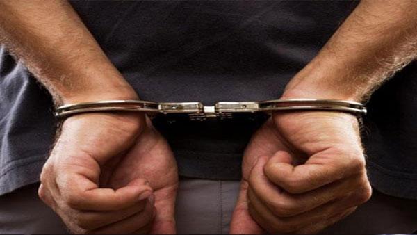 तीन और लोग गिरफ्तार
