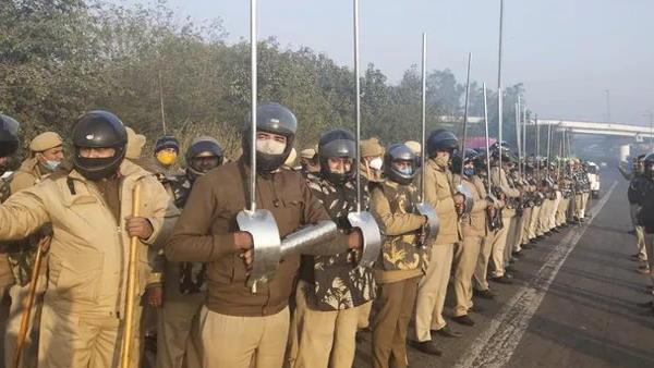 ये भी पढ़ें- एसएचओ के तलवार से घायल होने के बाद दिल्ली पुलिस ने तैयार की कुछ ऐसी ढाल