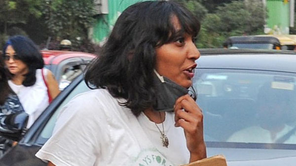 टूलकिट केस: दिल्ली कोर्ट ने दी दिशा रवि को FIR कॉपी, गर्म कपड़े, वकील और परिवार से मिलने की अनुमति