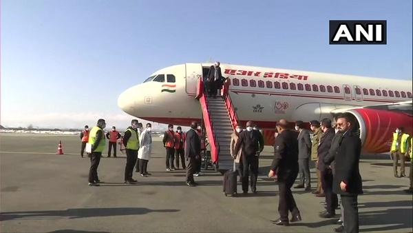 यूरोपीय संघ का प्रतिनिधिमंडल पहुंचा जम्मू-कश्मीर, 24 देशों के 20 सदस्य लेंगे जमीनी हकीकत का जायजा
