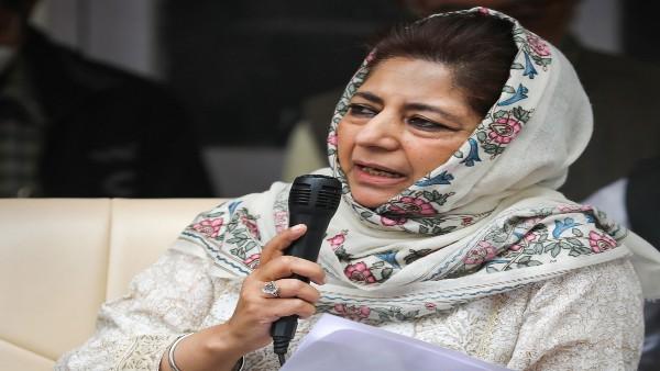 जम्मू-कश्मीर को वापस विशेष दर्जा दिलाने के लिए किसानों की तरह आंदोलन शुरू करना होगा: महबूबा मुफ्ती