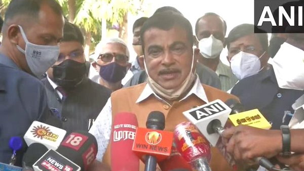 Nitin Gadkari suggested that country should now move towards alternative fuel petrol, diesel prices