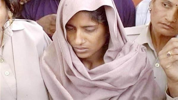 परिवार के सात लोगों को मौत के घाट उतारने वाली शबनम ने दायर की दूसरी दया याचिका