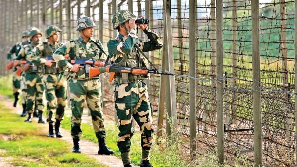 गलती से सीमा पार कर हिंदुस्तान में आ गया पाकिस्तानी बच्चा, BSF ने खिला-पिला कर लौटाया