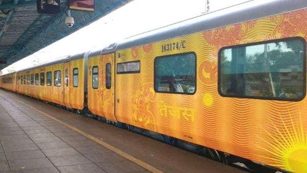 इस तारीख से फिर से शुरू होगा लखनऊ-नई दिल्ली और अहमदाबाद-मुंबई तेजस एक्सप्रेस ट्रेनों का परिचालन