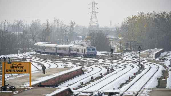 Indian Railways:Good news for Kashmir after 11 months, preparations to restore train service
