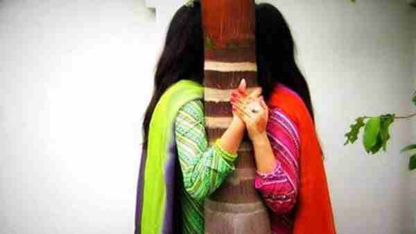 ये भी पढ़ें:- Lucknow: ठाकुरगंज थाने पहुंची युवती, बोली- मेरी पत्नी को उसके परिजनों ने बना लिया है बंधक, उसे मुक्त कवा दों