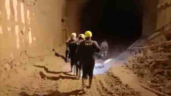 ये भी पढ़ें:- तपोवन सुरंग में फंसे है अभी 35 लोग, जान हथेली पर रखकर बचाव कार्य में जुटे ITBP के जवान, देखें वीडियो