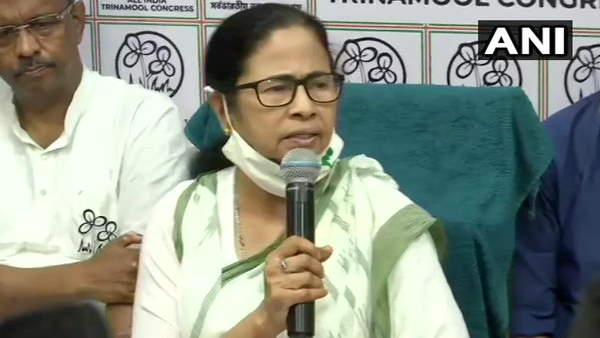 ममता बनर्जी ने जारी की टीएमसी के उम्मीदवारों की लिस्ट, नंदीग्राम से खुद चुनाव लड़ेंगी ममता