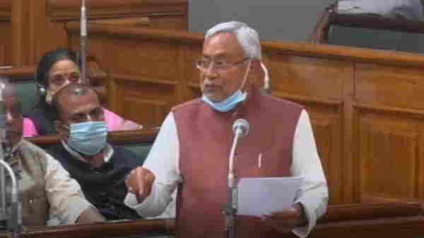 बिहारः बीच सदन की कार्यवाही में नीतीश कुमार ने राजद MLC सुबोध कुमार को डांटा, कहा- बीच में नहीं बोलना चाहिए