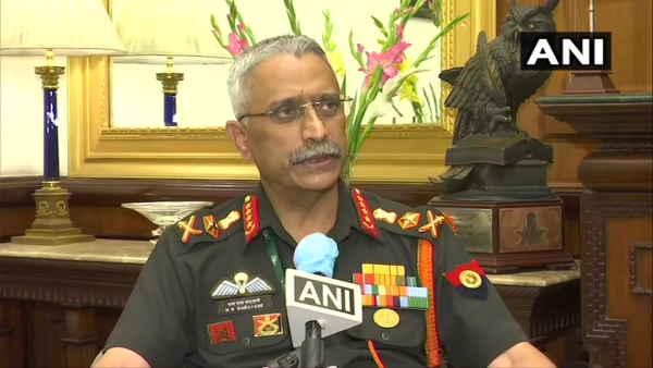 ये भी पढ़ें- Ladakh: 'एक इंच जमीन नहीं गंवाई', भारत-चीन डिसएंगेजमेंट को लेकर बोले सेना प्रमुख नरवणे