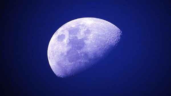 यह पढ़ें: कुंडली में कमजोर है चंद्रमा, तो मजबूत बनाने का अच्छा समय है फाल्गुन मास