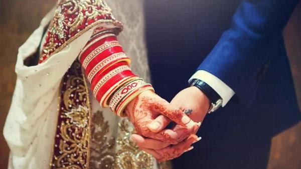 राजस्थान : इंटर कास्ट मैरिज के बाद प्रेमी जोड़े ने पुलिस से लगाई गुहार, 'परिवार वालों से बचा लीजिए'