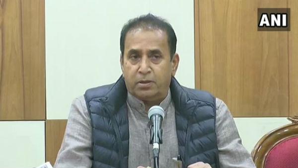 शरद पवार के घर बैठक में बड़ा फैसला- नहीं लिया जाएगा देशमुख से इस्तीफा