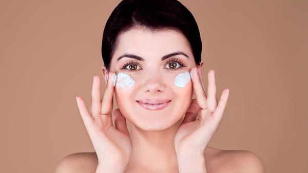 ये भी पढ़ें- Skincare: बारिश के मौसम में स्किन का रखें खास ख्याल, काम के हैं ये 5 उपाय