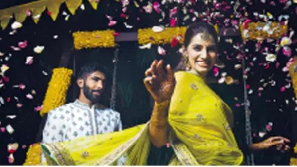 यह पढ़ें:Bumrah-Sanjana wedding Album: संजना की 'गुगली' के शिकार हुए बुमराह, देखें हल्दी से फेरे तक की खूबसूरत Pics