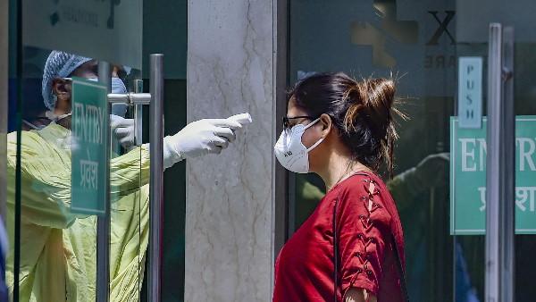 कर्नाटक ने कोरोना की दूसरी लहर के चलते किए सख्त इंतजाम, निजी अस्पातलों से किया संपर्क