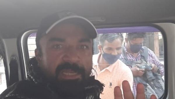 यह पढें: NCB arrest Ajaz Khan: बोले एजाज खान-'मैं बेकसूर हूं, बीवी का हुआ था गर्भपात, वो लेती है दवाइयां'