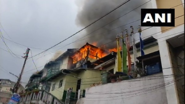 fire in Darjeeling