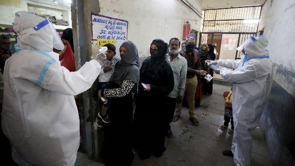 ये भी पढ़ें: अब गुजरात में डरा रहे कोरोना वायरस के आंकड़े, 4 शहरों में लगाया गया नाइट कर्फ्यू