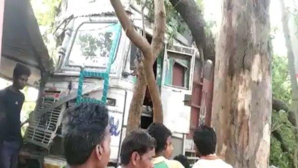 मिर्जापुर: गिट्टी से लदे अनियंत्रित ट्रक ने 6 को रौंदा, बच्ची समेत 4 की मौत