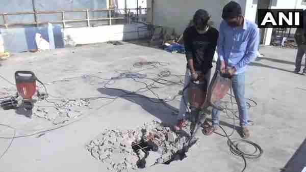 ये भी पढ़ें:- मुख्तार अंसारी के करीबी शाहिद के अवैध निर्माण जमींदोज, तोड़ी गई 10 दुकानें