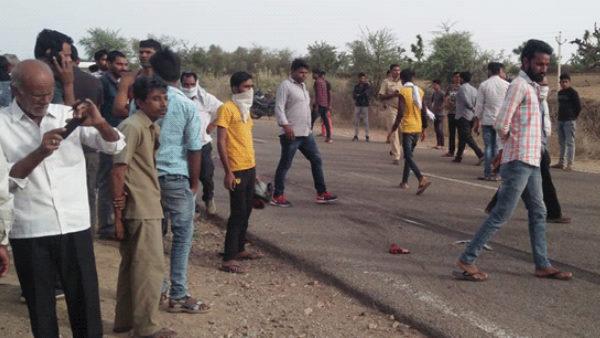 नागौर एक्सीडेंट : बेकाबू बस ने बाइक को मारी टक्कर, माता-पिता व दो बच्चों की मौत