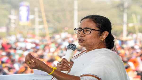 इसे भी पढ़ें- Bengal election:क्यों ममता के लिए नंदीग्राम से चुनाव लड़ना बड़ी राजनीतिक भूल साबित हो सकती है ?