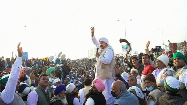 आप नेता से मिले किसान नेता नरेश टिकैत, कहा-हर लडाई में किसानों के साथ खड़े AAP