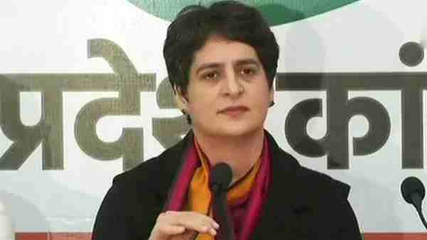 Priyanka Gandhi criticizes the Yogi government over the death of cows in Greater Noida