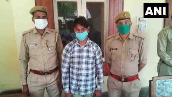 ये भी पढ़ें:- Rampur: घर में घुसकर नाबालिग लड़की से दो सगे भाइयों ने किया गैंगरेप, पुलिस ने एक आरोपी को पकड़ा