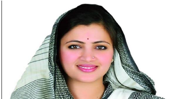 यह पढ़ें: Parambir Singh Letter Row: सांसद नवनीत राणा ने शिवसेना नेता सावंत पर लगाया धमकी देने का आरोप, Video