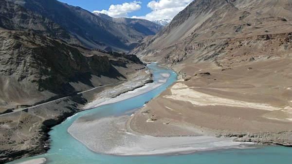 भारत-पाकिस्तान सिंधु घाटी जल आयोग की आज अहम बैठक, जानिए क्यों भारत रोकना चाहता था पानी?