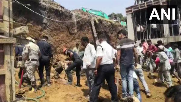 wall of under construction building collapsed in Surat