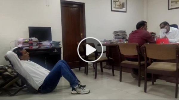 Rajendra Singh Gudha : अधिकारियों के सामने जमीन पर क्यों बैठे MLA राजेंद्र सिंह गुढ़ा, देखें FB Live