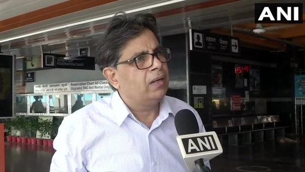 Fact check: क्या दिल्ली में लॉकडाउन लगने के डर से रेलवे स्टेशन पर बढ़ रही है भीड़?, रेलवे ने दी सफाई