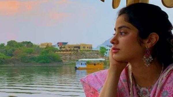 राजस्थान : उदयपुर की पिछोला झील में अभिनेत्री जान्हवी कपूर ने की बोटिंग, शेयर किया वीडियो