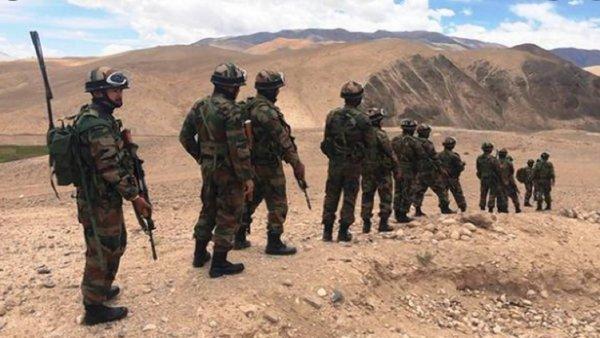 सेना की नई रणनीति: लद्दाख में चीन को मिलेगा मुंहतोड़ जवाब, पाकिस्तान के खिलाफ भी एक्शन प्लान तैयार