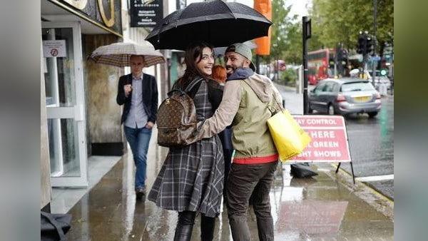 लंबे समय से लंदन में रह रहीं सोनम कपूर को आई वतन की याद, लिखा भावुक कर देने वाला पोस्ट